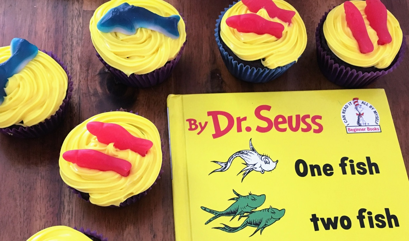 One Fish Two Fish Red Fish Blue Fish cupcakes & book