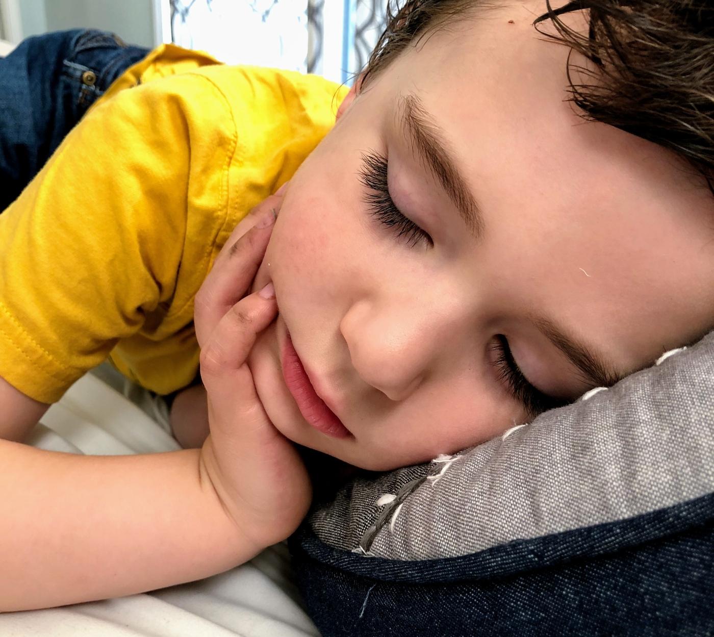 Sleepy toddler, weekends are exhausting