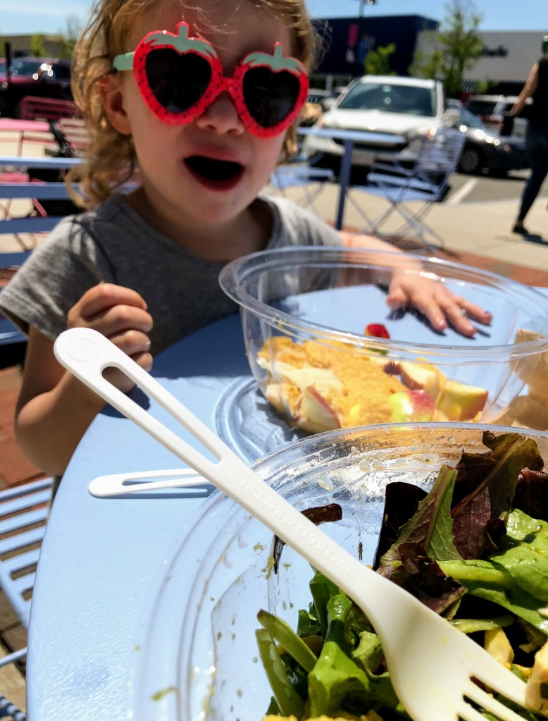 Fun in the sun at Sweetgreen